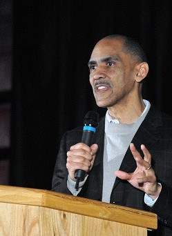 b7ad83bddd28a Tony Dungy Speaking Fee and Booking Agent Contact