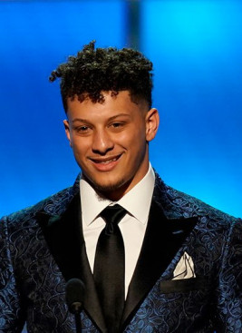 Patrick Mahomes Speaking Fee and Booking Agent Contact